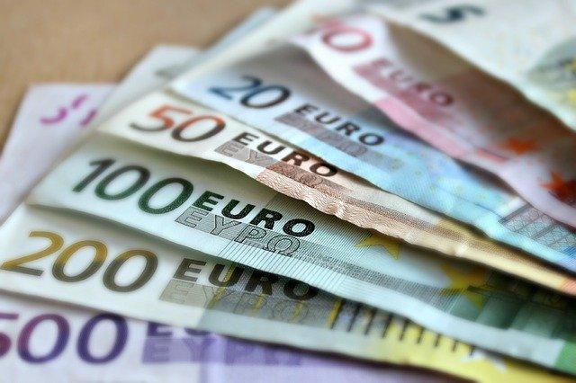 préstamos y céditos